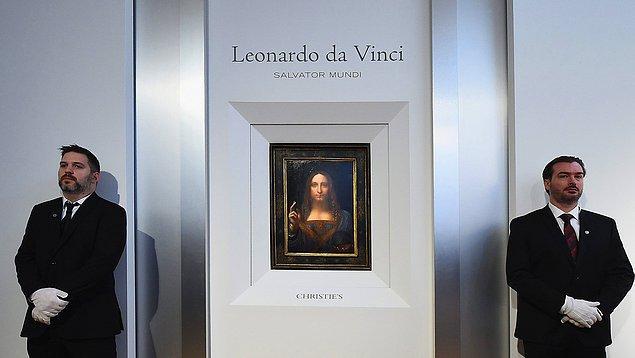 Da Vinci'nin en önemli eserlerinden 'Salvator Mundi', ABD'deki bir müzayedede 450 milyon dolara satılarak rekor kırmıştı