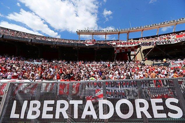 River Plate Teknik Direktörü Marcelo Gallardo ve Boca Juniors cephesi maçın iptal edilmesi istedi.