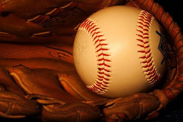 2. Beyzbol Topu