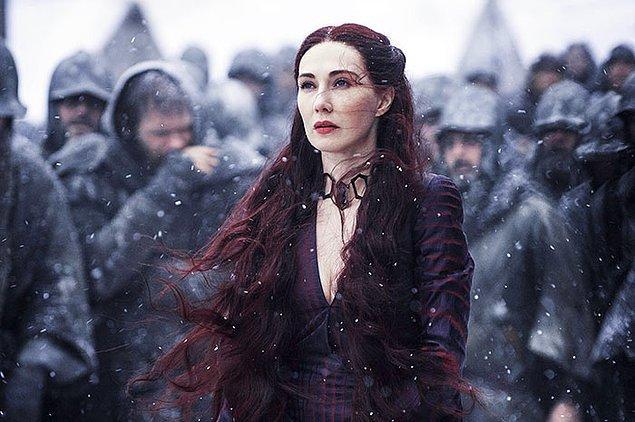 30. Melisandre rolündeki Carice van Houten'a Cersei rolü teklif edilmişti ancak aktris, programındaki yoğunluk nedeniyle daha küçük bir rolle yetindi.