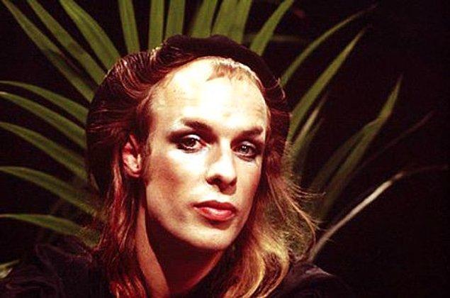 6. Dünya çapında tanınan ünlü Windows Jingle, Windows 95 için oluşturuldu ve müzisyen Brian Eno tarafından tasarlandı.