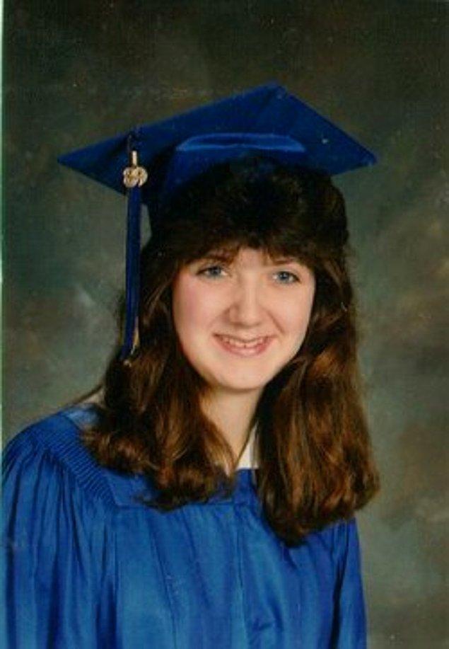 Bir sonraki kurbanı ise Christa Hoyt'tu. Ve diğer kurbanlarını öldürmesinin üzerinden yalnızca bir gün geçmişti.