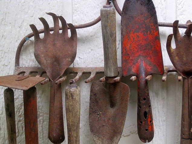 6. Paslı aletlerinizi temizleyin.