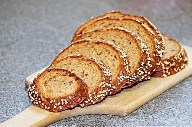 Tam tahıllı ekmek yemekten çekinmeyin. Abartmamak şartıyla tabii ki.
