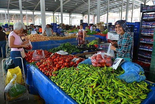 13. Nerede, hangi pazarda ne var çok iyi bilirler. İhtiyaçlarına göre bir o pazara bir bu pazara giderler.