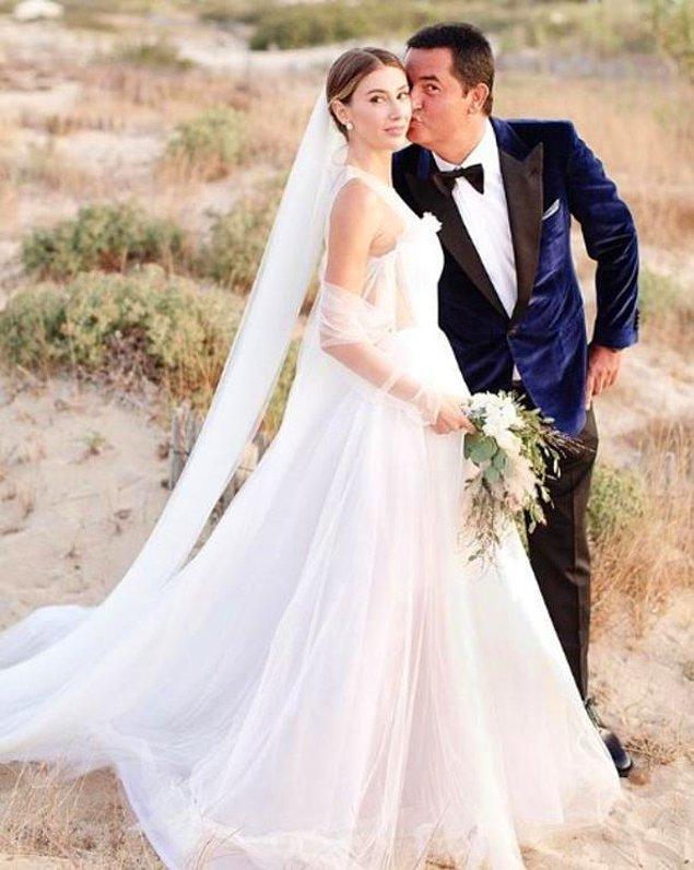 2017 yılında çenemizin en çok yorulduğu düğün Acun Ilıcalı ve Şeyma Subaşı'nın St. Tropez'deki düğünüydü hatırlarsanız. Ne detaylar ne detaylar...