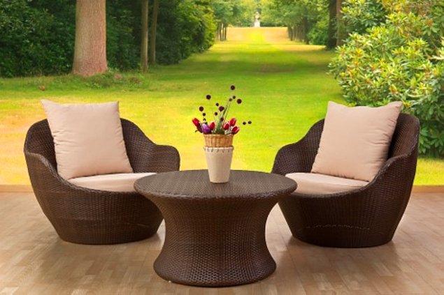 10. Bahçe mobilyalarınızı silin.