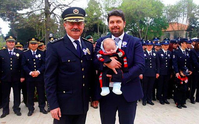9. Tekirdağ Emniyet Müdürü Mustafa Aydın'ın kızı trafik kurallarını ihlal ettiği için görevli memur tarafından ceza yedi. Mustafa Aydın ise görevini yerine getiren trafik polisine takdirname verdi.