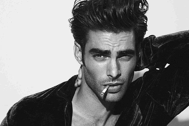 2. Jon Kortajarena, 33 yaşında bir model ve aşırı karizmatik.