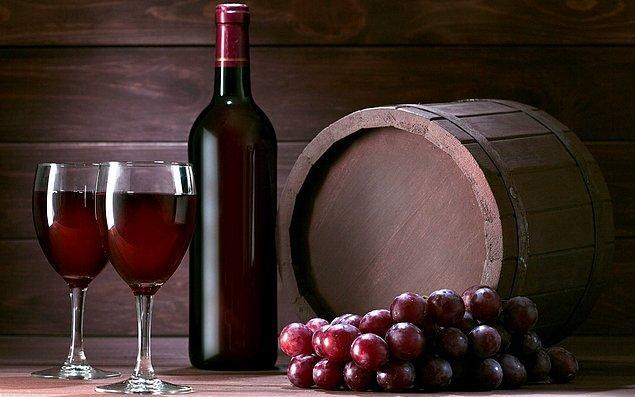 2. Şarabın damaktaki tadının bitişinin uzunluğu önemli bir kalite göstergesidir.