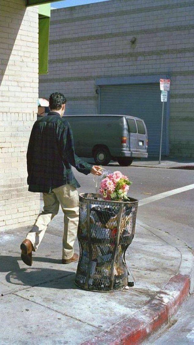 14. Hayaller çöpe.