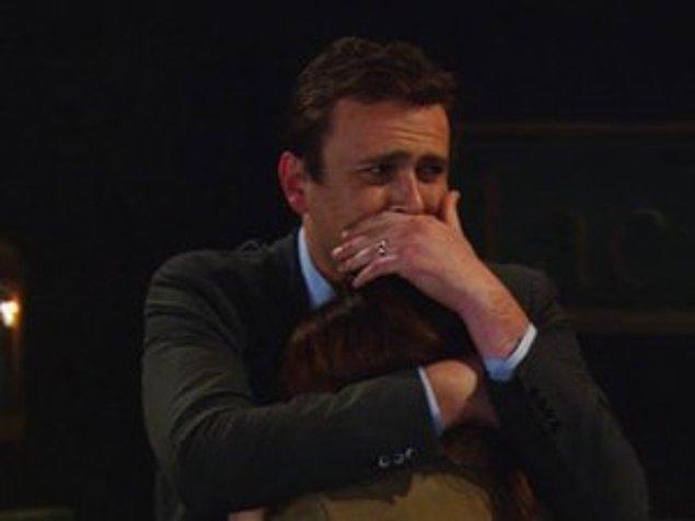 8. Ve Marshall'ın, çok sevdiği babasının vefat ettiğini öğrendiği an.