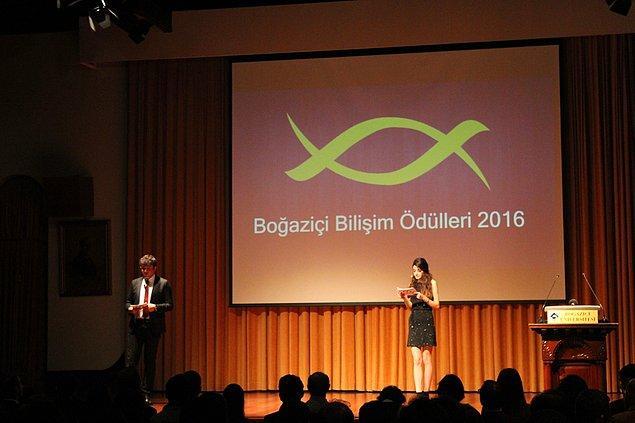 Bu amaçlar doğrultusunda düzenlediği etkinliklerden bir tanesi Boğaziçi Bilişim Ödülleri