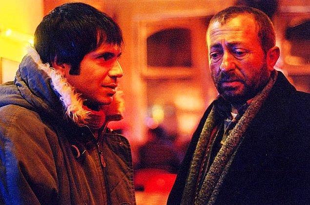 """2005'te, Uğur Yücel'in Yazı Tura filmi, 54. Uluslararası Mannheim Heidelberg Film Festivali'nde """"Uluslararası Film Eleştiri Ödülü""""nü kazandı."""