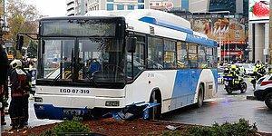 Ankara'da Kontrolden Çıkan Belediye Otobüsü Yayalara Çarptı: 1 Ölü, 2 Yaralı