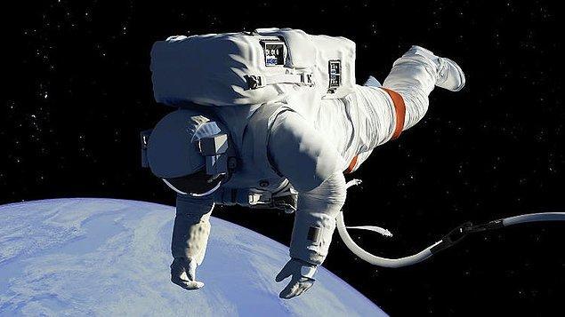 9. Uzay istasyonu görevlisi!