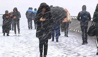 İstanbul'da Mevsimin İlk Kar Yağışından 13 Manzara