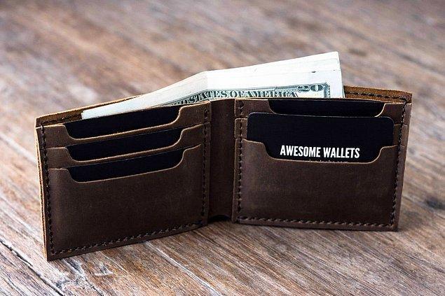4. Sahte cüzdan ile yankesicilerin kafasını karıştırın.
