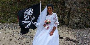 300 Yıl Önce Yaşamış Korsanın Hayaleti ile Evli Olan Kadın Eşinden Boşandığını Açıkladı