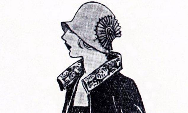 Buradan da anlayacağınız gibi her daim öz güvenliydi Coco. İlk tasarladığı şey ise bir şapkaydı. Tasarımlarını arkadaşları o kadar çok beğendi ki onlara özel şapka dikmeye başladı.
