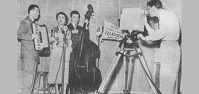 1967: İlk resmi televizyon yayını Ankara'da yapıldı.
