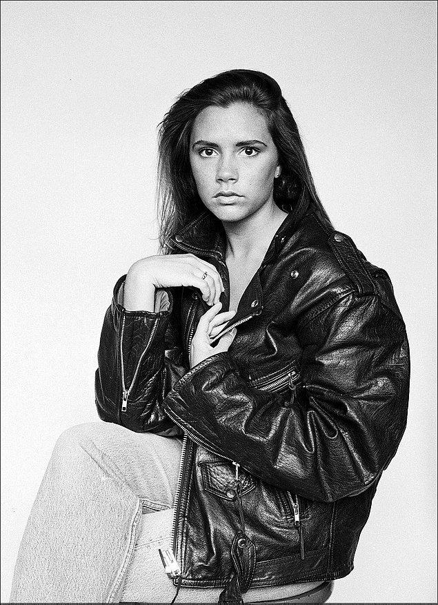Victoria Beckham yıllar içinde estetik cerrahinin nimetlerinden yararlandı, genç modelin ise estetiği olup olmadığı bilinmiyor.