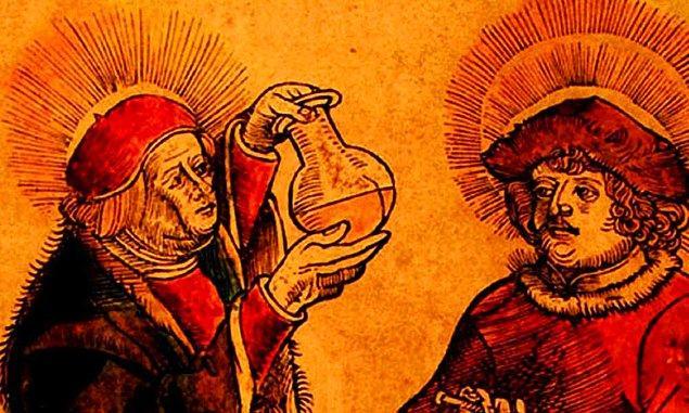 1. Eski Romalılar, ağız temizliği için kendi idrarlarını kullanıyordu. İdrar, dünya üzerindeki en doğal temizlik maddelerinden biri olan amonyak içerdiğinden kulağa mide bulandırıcı gelse de başarılı bir seçim olduğunu söyleyebiliriz.