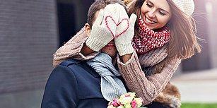 Yapacağınız Sürpriz ile Sevgilinizi Mest Edebilmeniz İçin Onlarca Hediye Seçeneği Sizi Bekliyor!