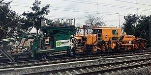 İstanbul'da Test Sürüşü Yapan Tren Kaza Yaptı: 2 Kişi Yaralandı