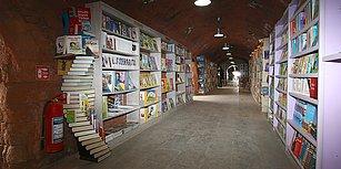 Temizlik İşçileri Çöpe Atılan Kitaplarla Kurmuştu: Eser Sayısı Bağışlarla 25 Bin Oldu