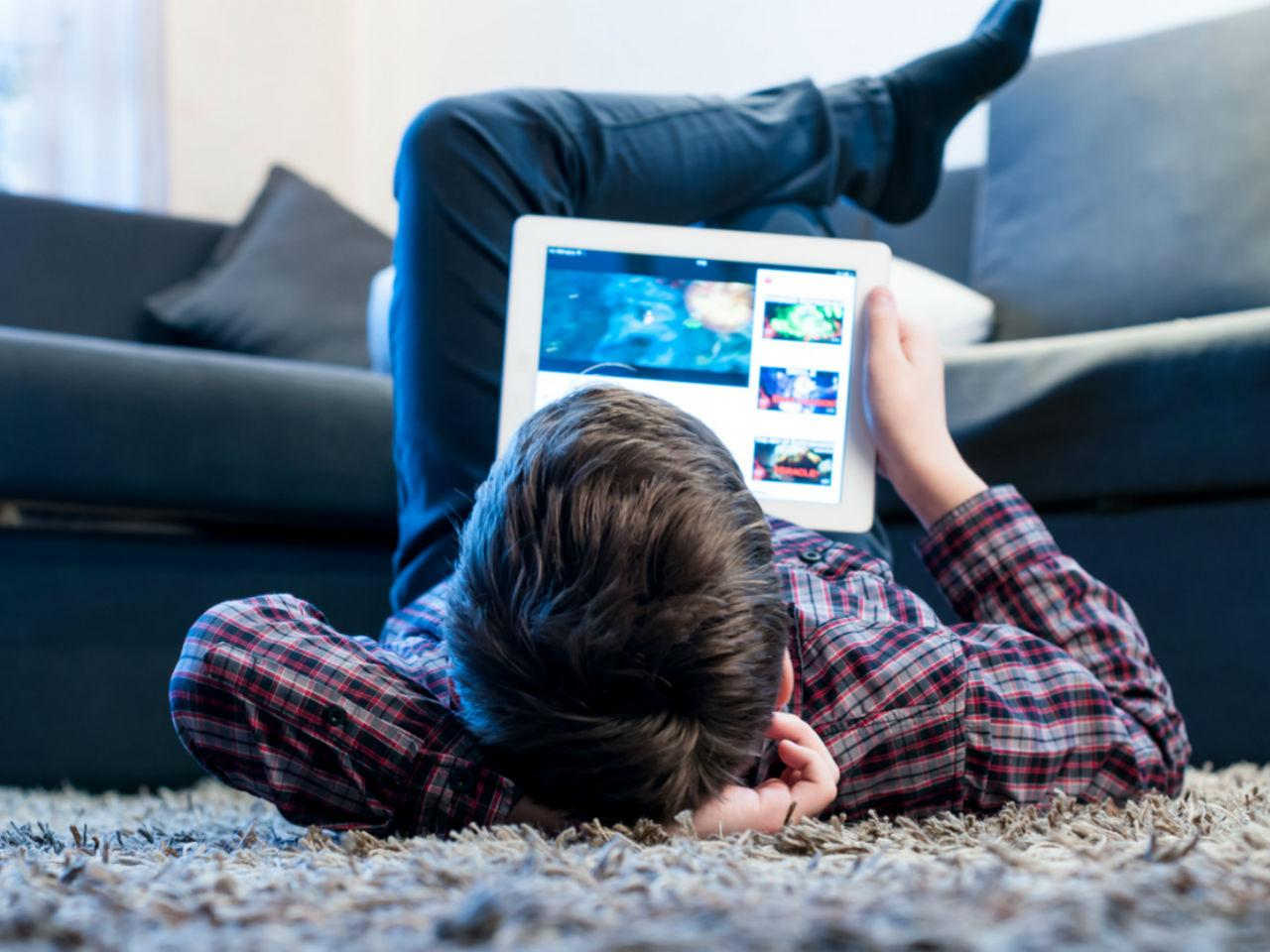 Giderek Yayılıyor: YouTube Tehlikeli ve Zararlı Meydan Okuma Videolarını Yasakladı