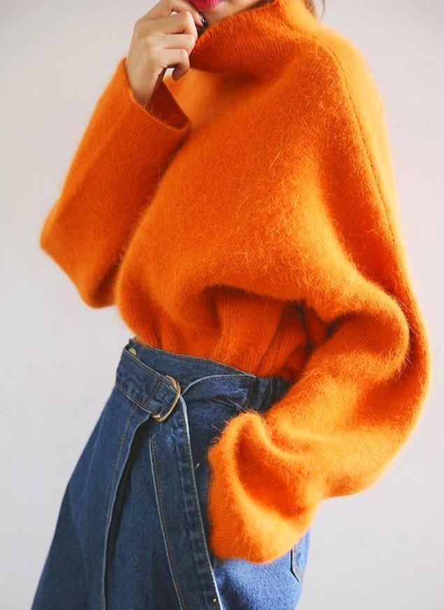 3. Böyle sıcacık tutan kazaklar sizin içinizi ısıtırken, etrafınıza da aynı güzel enerjiyi yansıtırsınız.