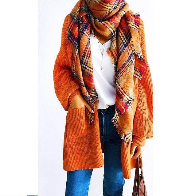 13. Tabii ki turuncu kazaklar da görmezden gelinemeyecek kadar güzeller!