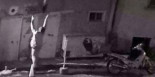 Tesadüfen Denk Geldiği Yangında Pencereden Atılan 2 Çocuğun Hayatını Kurtaran Gazete Dağıtıcısı
