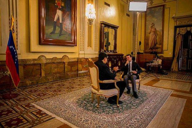 """""""Bay Maduro, Öncelikle nasılsınız? Bugünlerde nasıl hissediyorsunuz?"""""""