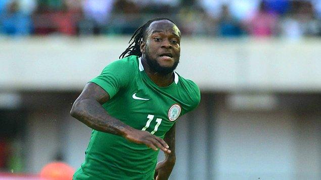 38 kez giydiği Nijerya Milli Takım forması altında da 12 gole imza atmayı başardı.