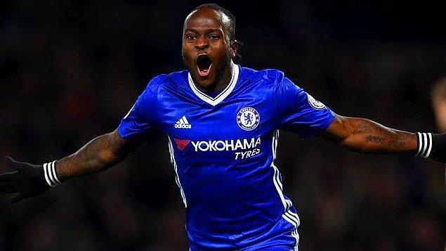 2015-16 sezonunda Premier Lig'de West Ham formasıyla 21 maça çıkıp 1 gol, 2 asiste imza atan Moses, sezon bittiğinde bu kez kalıcı olarak Chelsea'ye döndü.