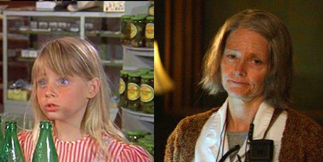 12. Jodie Foster - Napoleon and Samantha (1972) / Hotel Artemis