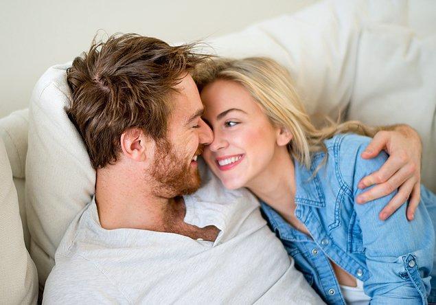 3. İlk cinsel deneyim yaşı gelecekteki romantik sorunların habercisidir.