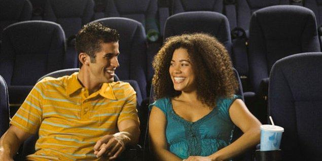 4. Romantik filmler çiftlerin evliliklerini kurtarmasına yardımcı olur.