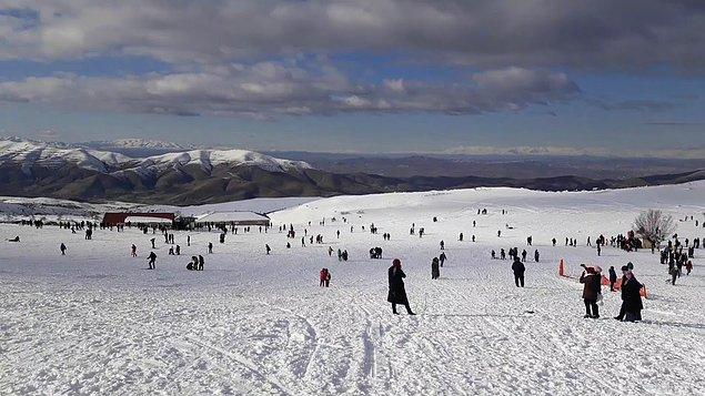 23. Elazığ - Hazarbaba Kayak Merkezi
