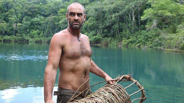 17. Discovery Channel'ın hayatta kalma uzmanı Ed Stafford Amazon Nehri'ni kaynaktan denize kadar yürüyerek geçen tek insandır. Bu işin bir yıl alacağını düşünmüştür fakat tamamlaması 860 gününü almıştır.