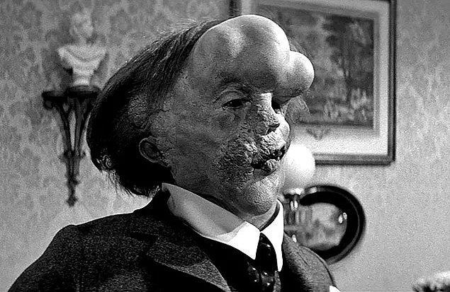 4. Fil Adam (1980) The Elephant Man