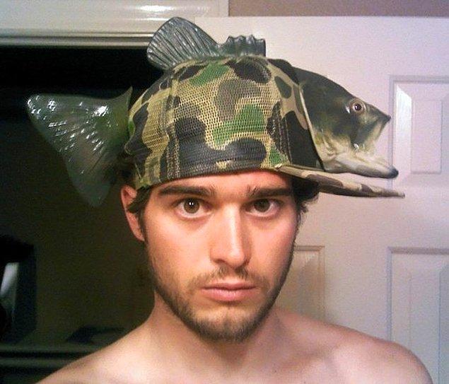 11. Dünyanın en güzel balıkçı şapkası değil de ne?