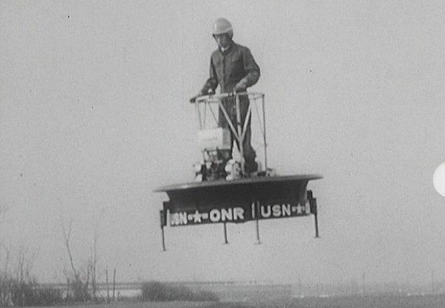 2. 1955 ilk denemesi halka açık olarak yapılan Hiller Uçan Platformu.