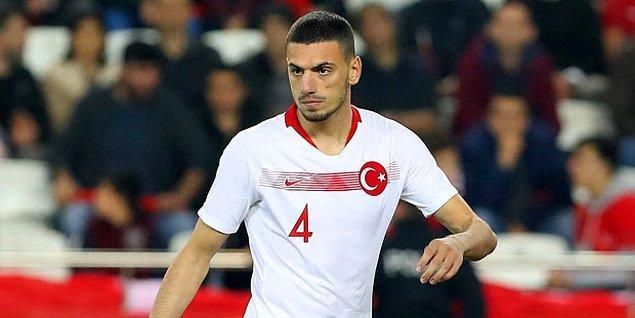 Türkiye formasıyla alt yaş gruplarında forma giyen Merih, UEFA Uluslar Ligi B grubu maçında Ukrayna karşısında ilk kez A Milli Takım'ın formasını giydi.