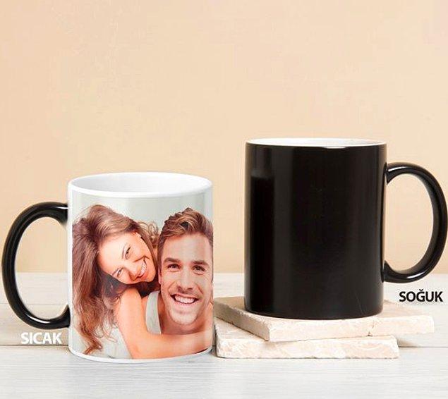 4. Ofiste bile sevgilinizin yanında olabilirsiniz. Bu kupa bildiğiniz kupalardan değil; çünkü sihirli!