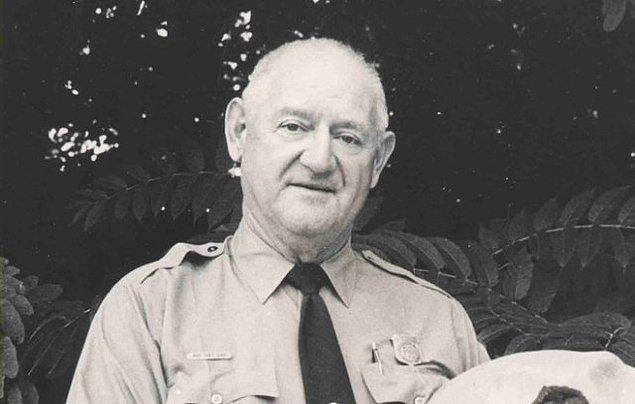 6. Roy Sullivan - Üzerine 7 kez yıldırım düşen adam