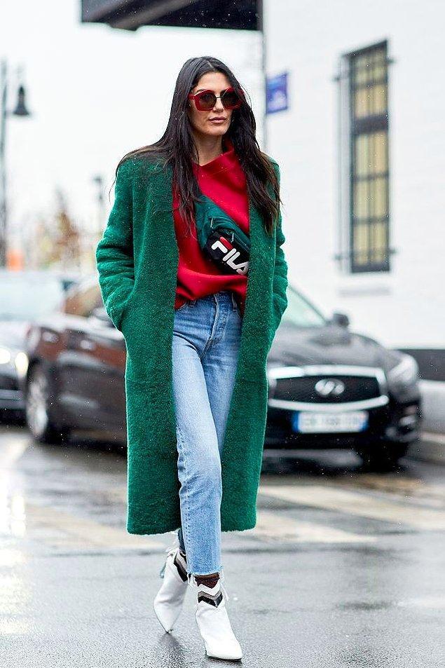 İnsanlar her dönem benzer tarzlarda giyinir, ancak son yıllarda sosyal medyanın da etkisiyle birebir giyinme dönemi başladı.
