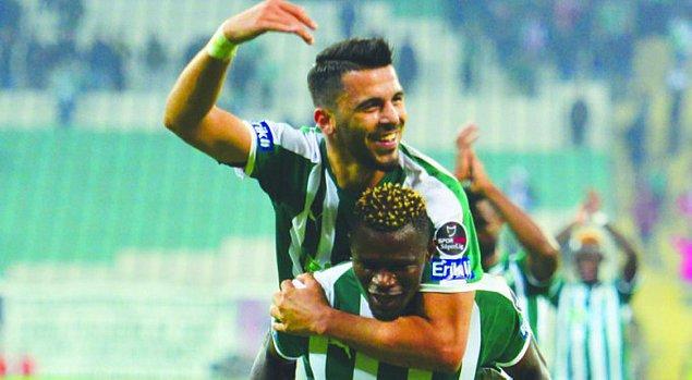 Bursaspor'un transfer yasağı bulunuyor.